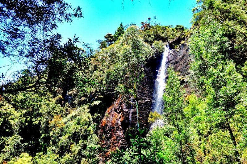 Lovers. Leap. Waterfall